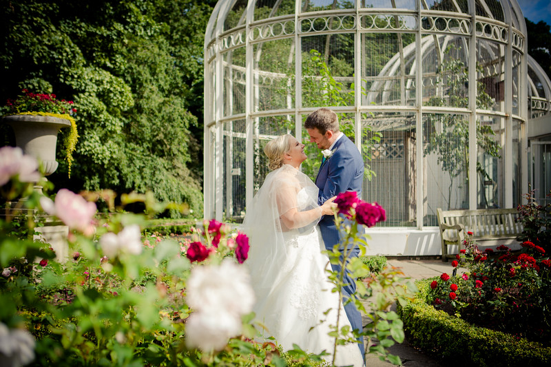 wedding photography at the Botanical Gardens Birmingham.