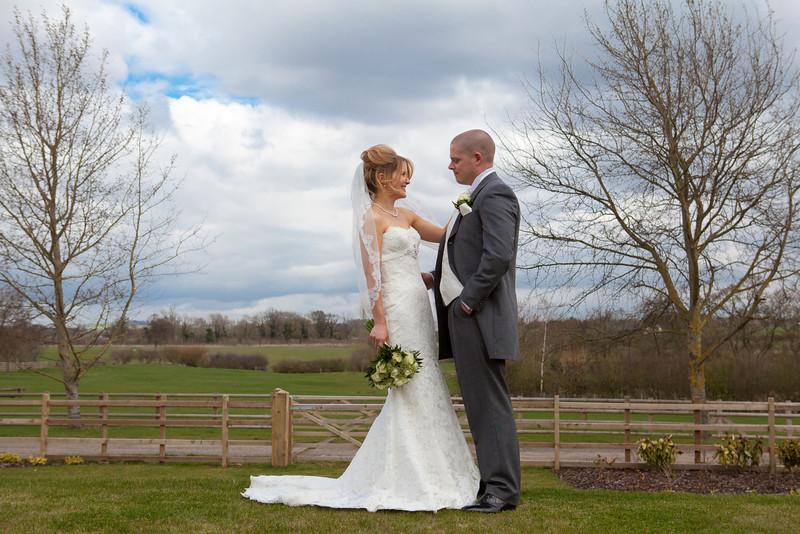 Mythe Barn wedding photography, Atherstone, Warwickshire