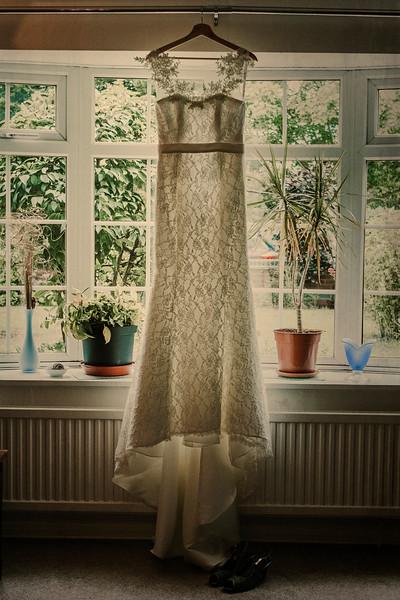 Wedding of Lyndsey and Winse at Stubton Hall001