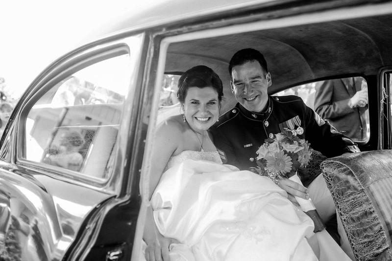 bride-marine-groom-vintage-car-family-farm-wisconsin-wedding-kate-timbers-photography-4162