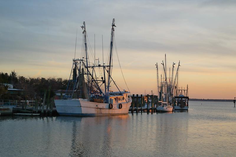 boat-shem-creek-sunset-charleston-sc-kate-timbers-photography-1039