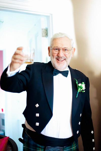 scottish-kilt-toast-bellevue-hall-wilmington-de-wedding-kate-timbers-photography-4099