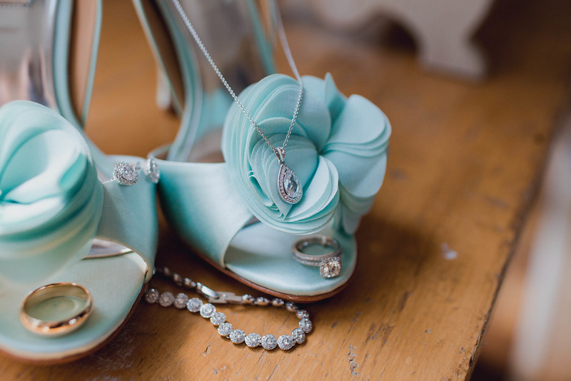 shoe-ring-Labor-day-rehoboth-beach-country-club-de-wedding-kate-timbers-photography-6301