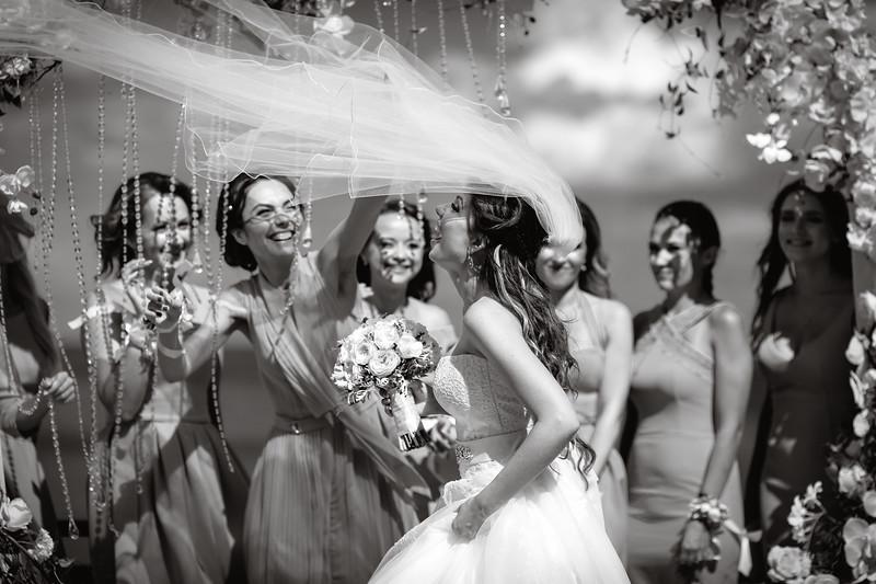 Весёлые моменты на свадьбе