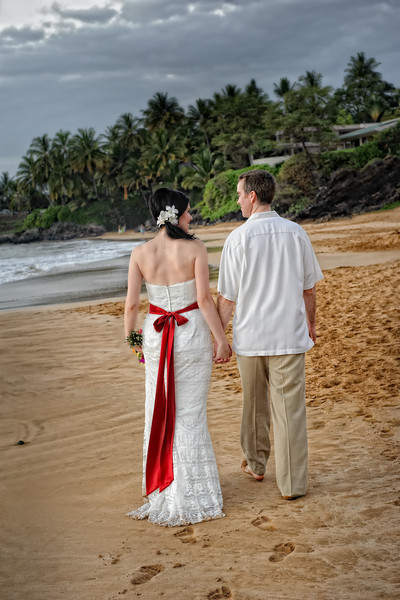 February 14, 2012:  Footprints in the sand and that's a wrap.  Now on to the honeymoon pics.