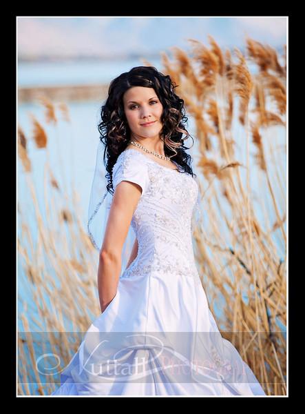 H Bridals 43