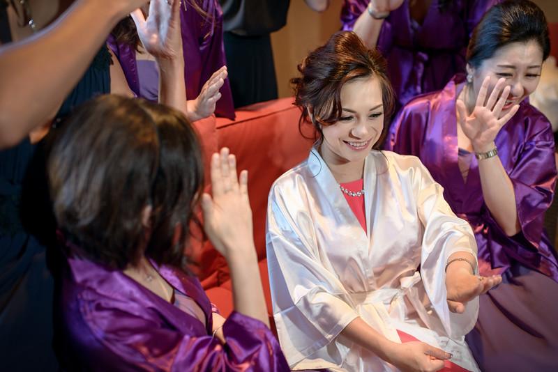 Jessica+Kerry_Mountain-Winery-Wedding_byYoki_A010