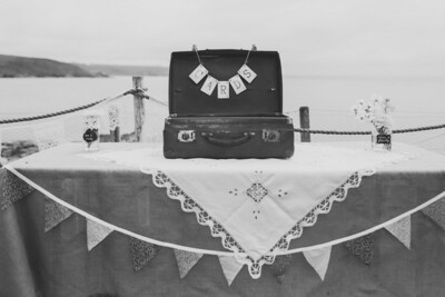 019_K&J_PORTH-EN-ALLS_Prussia_Cove_Wedding