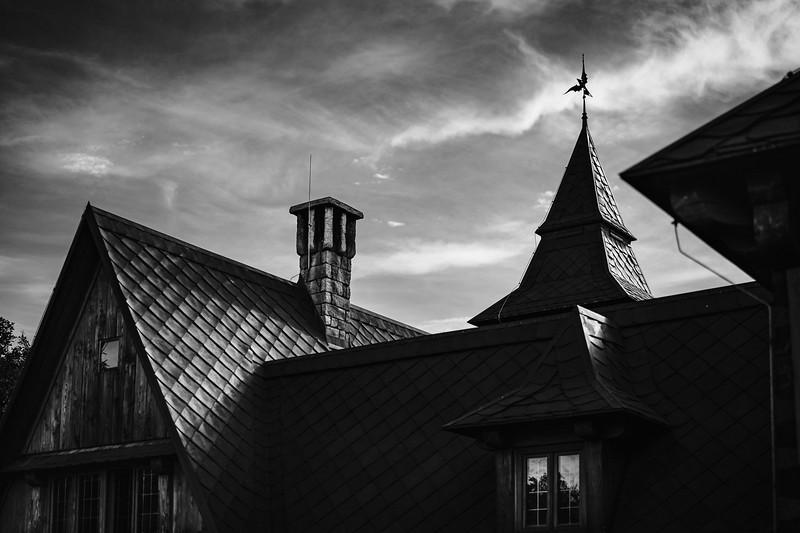 draci tvrz Slavoňov