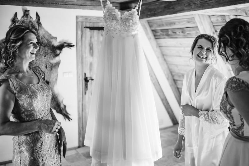 strojení nevěsty - Slavoňov
