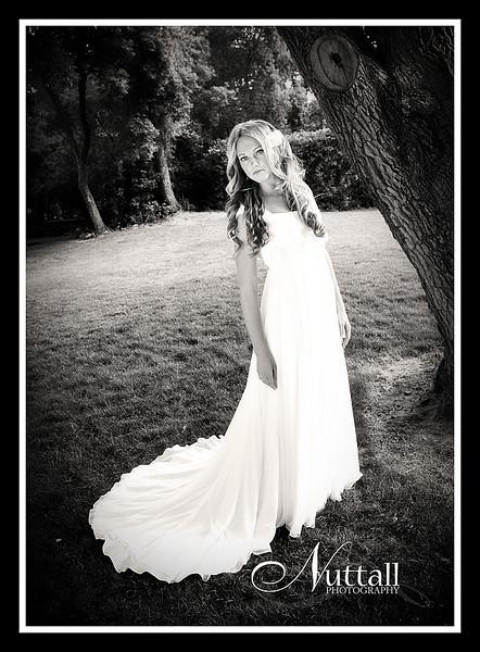 Teisha Bridals 076bw