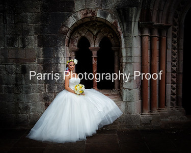 301_Mel_Danny_Dryburgh Abbey_Parris_Photography