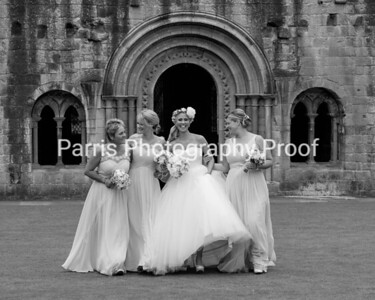 282b_Mel_Danny_Dryburgh Abbey_Parris_Photography