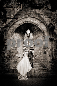 219c_Helen_Mick_Dryburgh_Abbey_Parris_Photography
