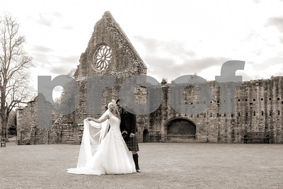 204c_Helen_Mick_Dryburgh_Abbey_Parris_Photography