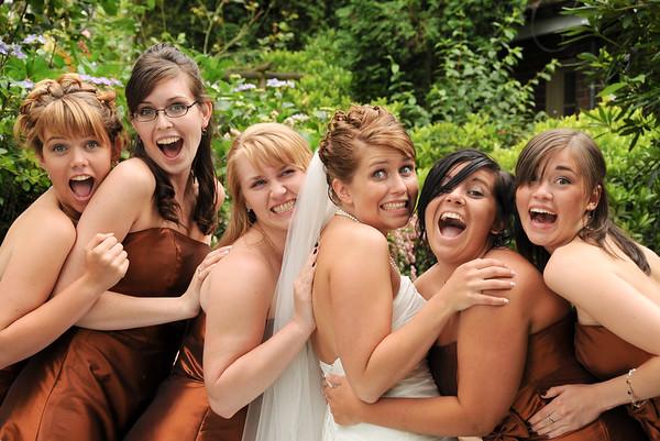 Run to the bride!