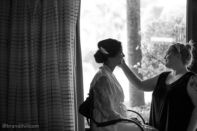 Matt and Laura Williams Wedding Sneak Peeks