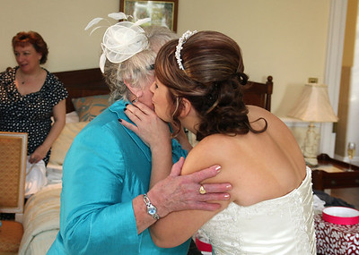 A bride and her mum before her winter wedding ceremony at Hintlesham Hall
