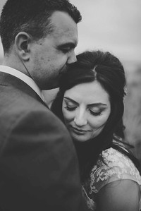 Intimate Bride and Groom Photos in Lake District
