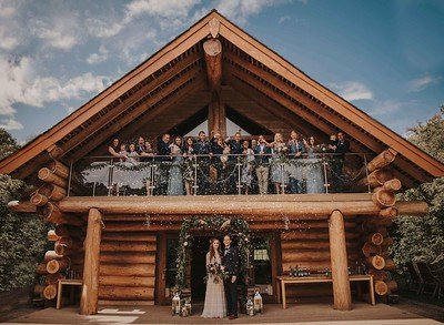 Hidden River Cabins Confetti Photo, Hidden River Cabins Wedding Photographer
