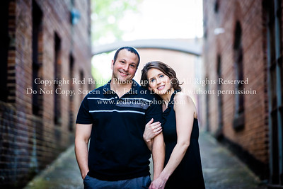 Laura & Daryn : Engaged in Downtown Raleigh, NC