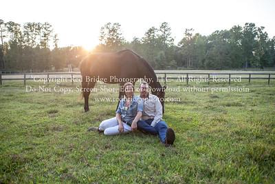 Laurelin & Chris : Engaged : Muddy Creek Farm