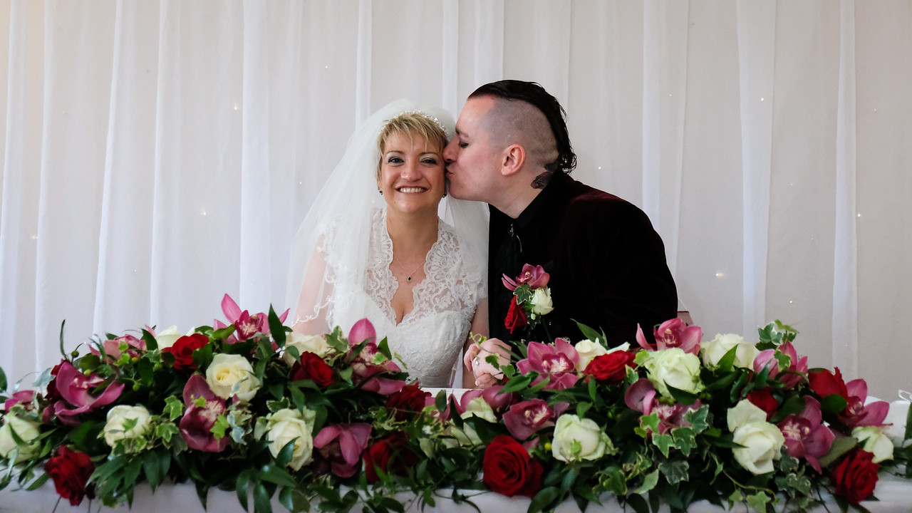 A kiss for the Bride