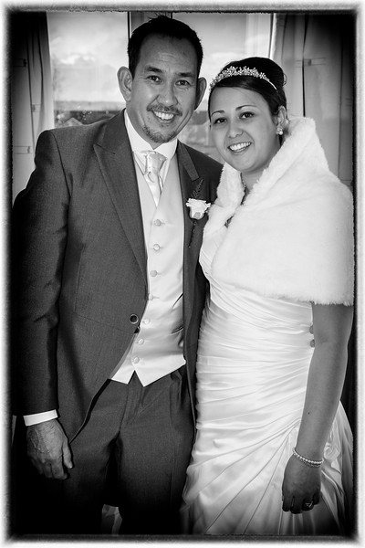 top wedding photographer swansea, best wedding photos, wedding photographers prices, professional wedding photographer,cost of wedding photographer