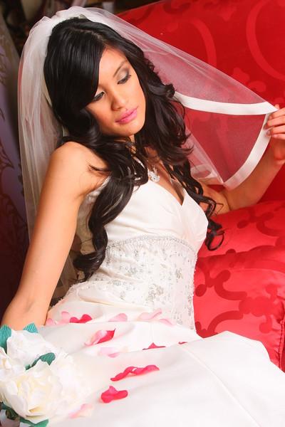 Moni's Bridal Boutique Manassas