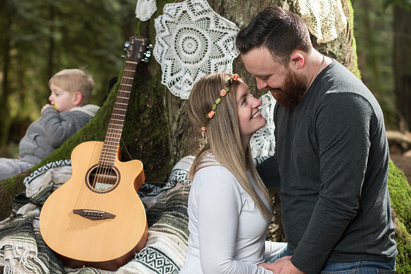 Kristy and Blair Engagement Portraits - Bright Angel Park, Cowichan Valley, Vancouver Island, British Columbia, Canada
