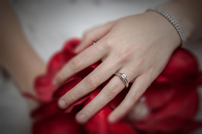 Nikki's wedding ring