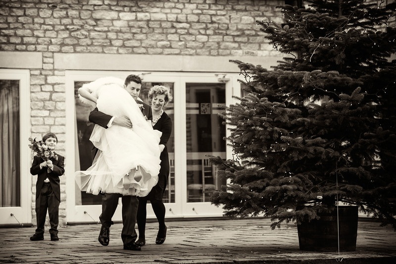 Hyde Barn winter wedding