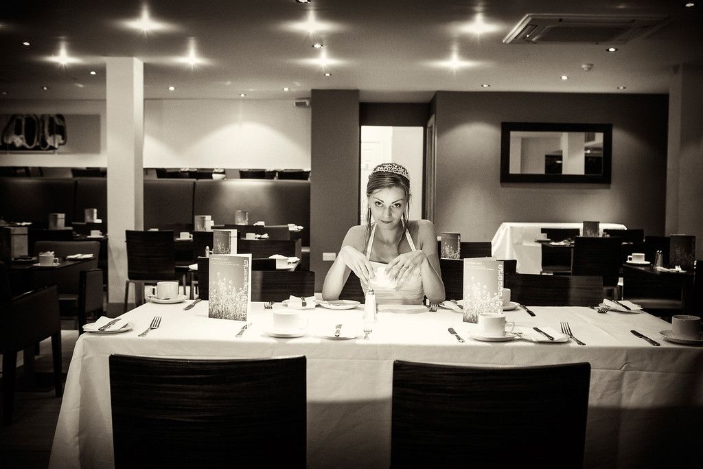 Bridal portrait Bicester Golf and Spa