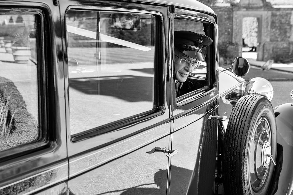 Chauffeur vintage Rolls Royce