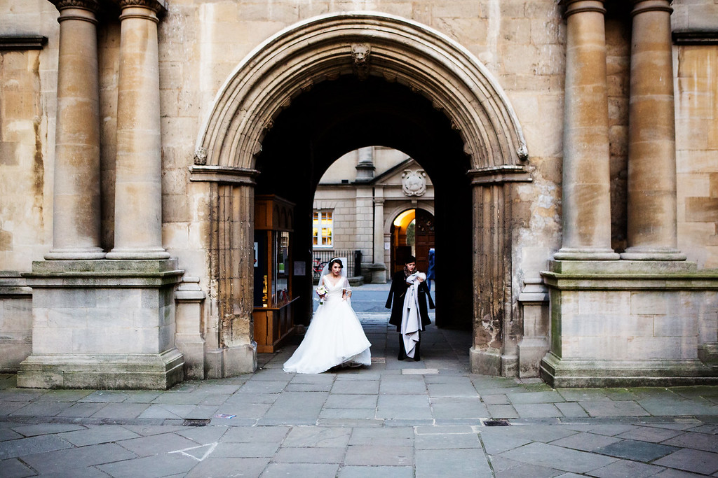 Bodleian College wedding bride's arrival