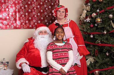 Home Depot Santa 2015-115