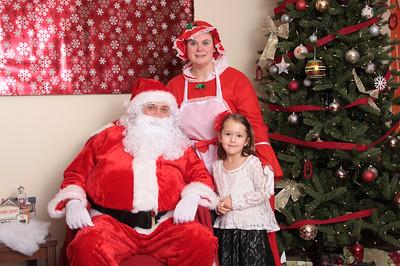 Home Depot Santa 2015-110