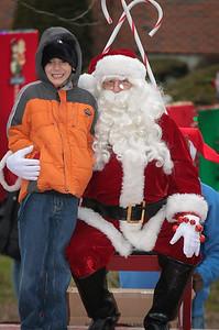 Santa in the park 2015-036