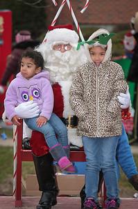 Santa in the park 2015-030