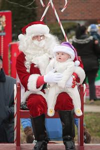 Santa in the park 2015-045