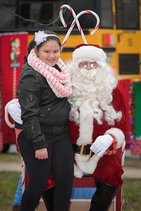 Santa in the park 2015-040