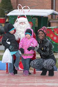 Santa in the park 2015-021