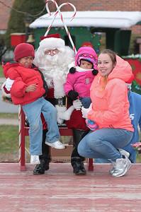 Santa in the park 2015-022