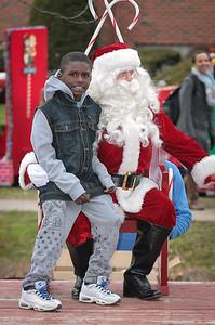 Santa in the park 2015-049