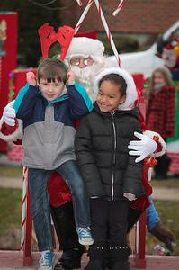 Santa in the park 2015-029