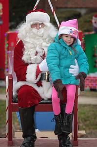 Santa in the park 2015-051