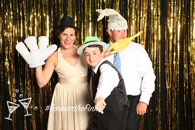 Chris and Kelly Wedding FotoBooth-021