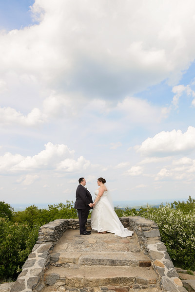 Kelly & Kevin's Wachusett Mountain Wedding