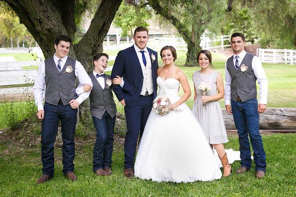 Adrianna&Matt-FamilyPortraits-007
