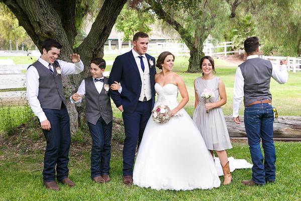 Adrianna&Matt-FamilyPortraits-008